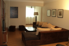 Good Catch /  Modern Furnished / Central Location