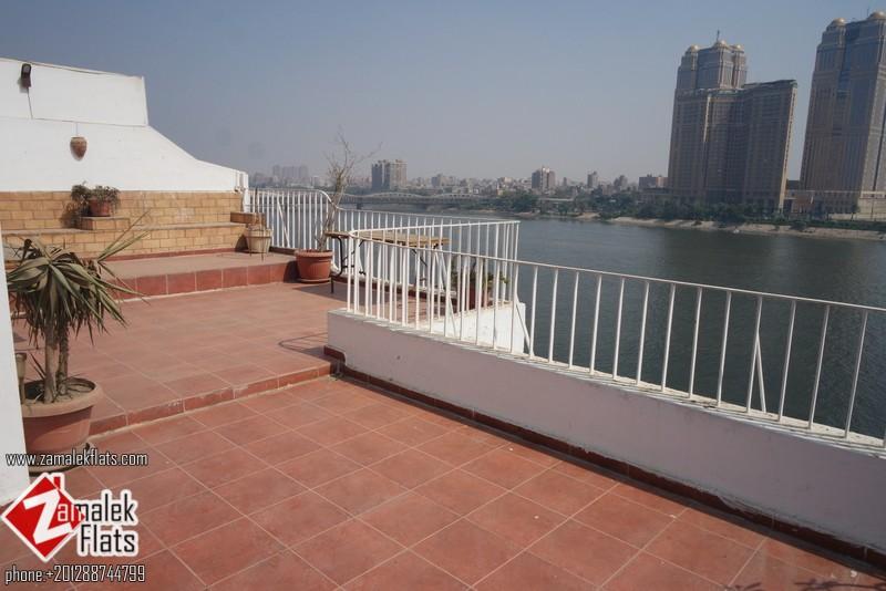 Luxury Nile View Pent House In Zamalek