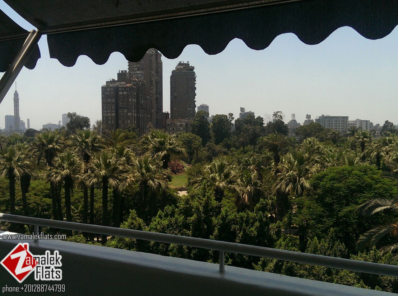 High Ceiling Apt In South Zamalek + Balcony & Garden View