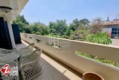 High ceiling Apartment for Rent in Zamalek